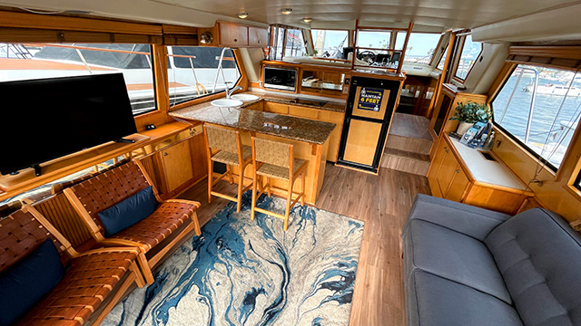 Los Angeles Yacht Charter_0004_Lady M