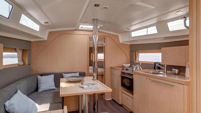 45-Foot-Sailing-Boat1-los-angeles-yacht-charter
