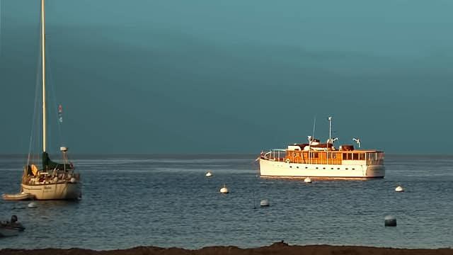 passenger-boat-50 people-losangelesyachtcharter