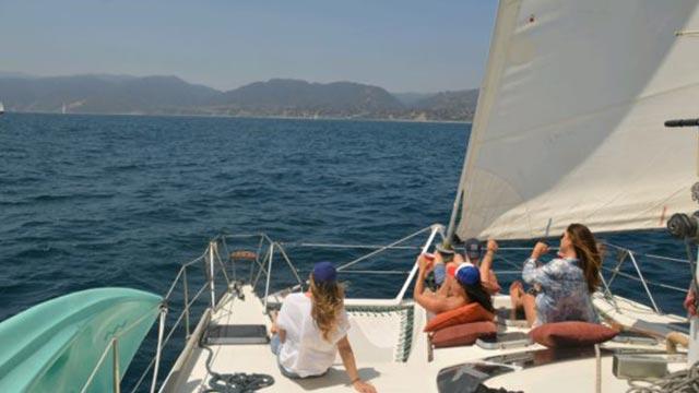 Catamaran Los Angeles Yacht Charter
