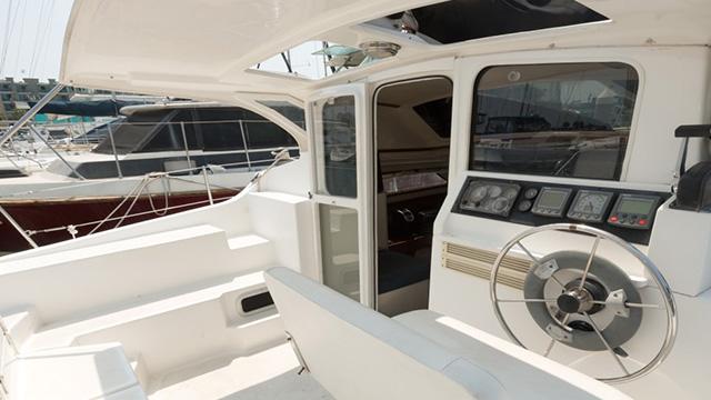 Los Angeles Yacht Charter_0003_Catamaran