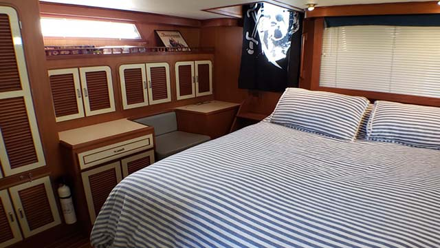 Los Angeles Yacht Charter_0021_60ft Luxury Yacht