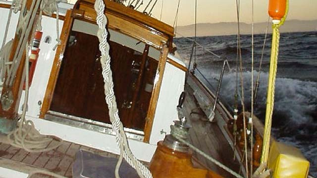 Los Angeles Yacht Charter_0004_ Classic 46 sailing yacht