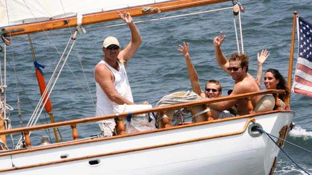 Los Angeles Yacht Charter_0007_ Classic 46 sailing yacht