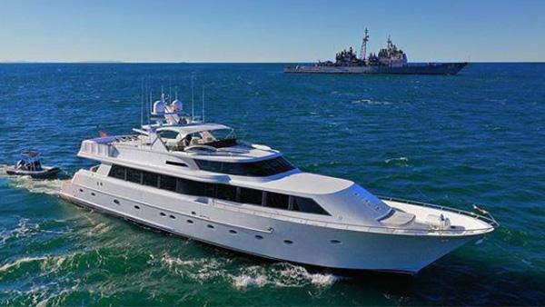 Los Angeles Yacht Charter_0006_106ft. Mega Yacht