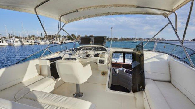Los Angeles Yacht Charter_0008_53ft. Luxury Yacht